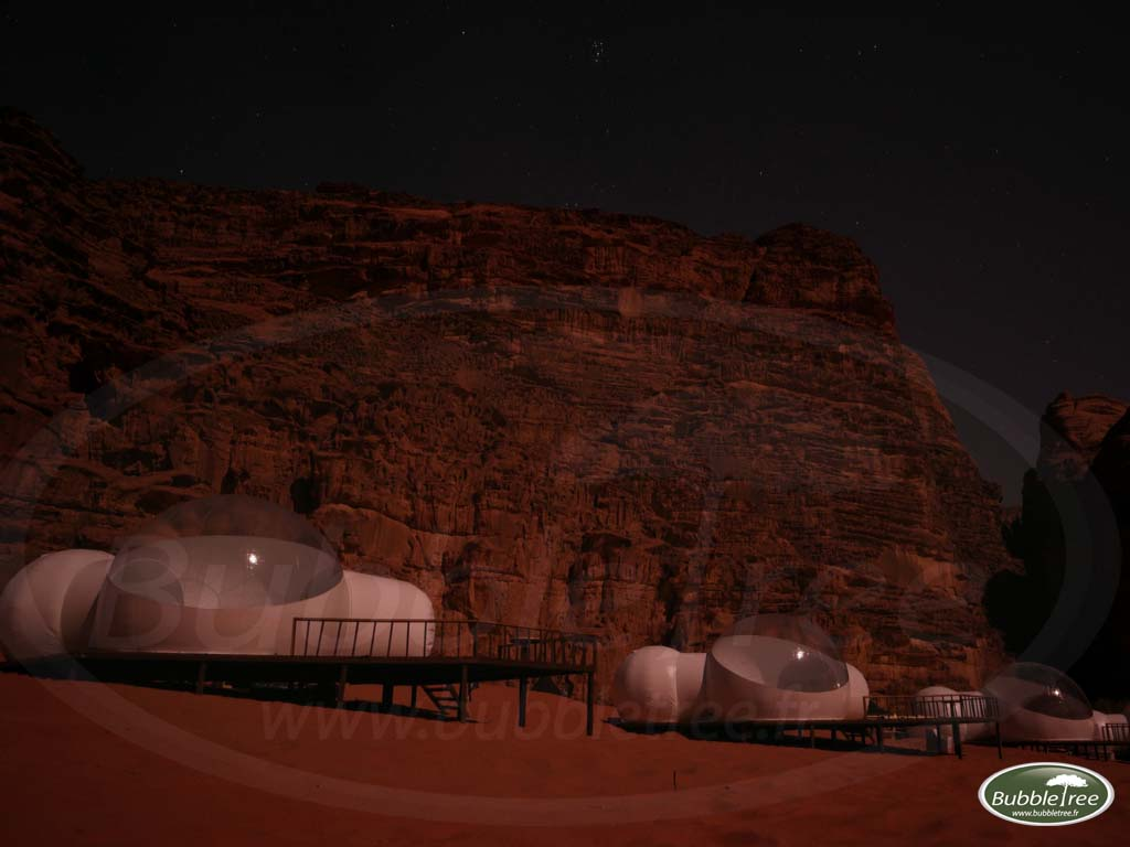 bubbletree-bubblesuite-jordan-wadi-rum-night